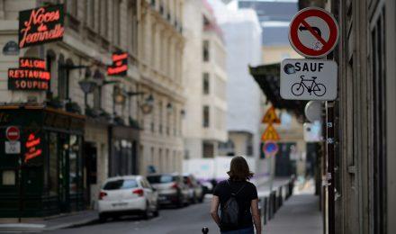 Paris street S80_9226_01